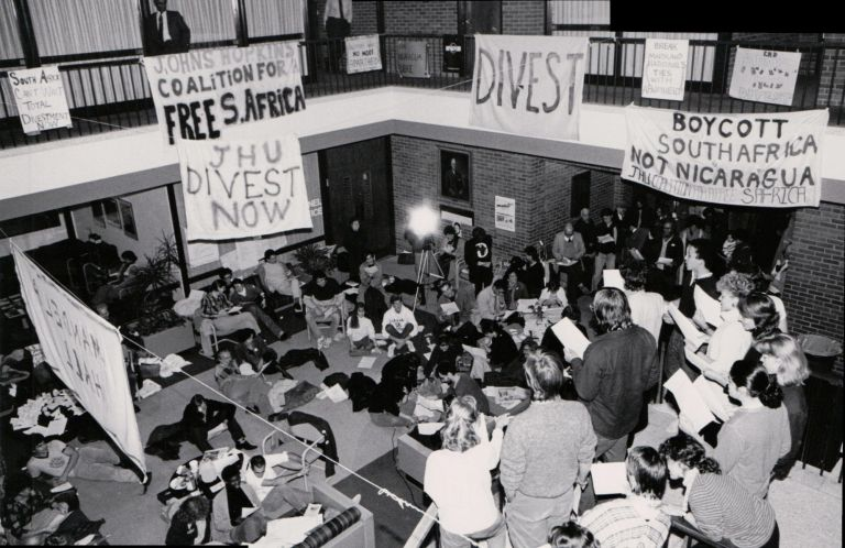 [Protests][Apartheid] Photographs of Protests by the Johns Hopkins Coalition for a Free South Africa. Jose Joaquin Ivey.