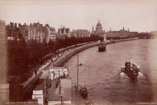 [London]19th Century London and Oxford Photographs.